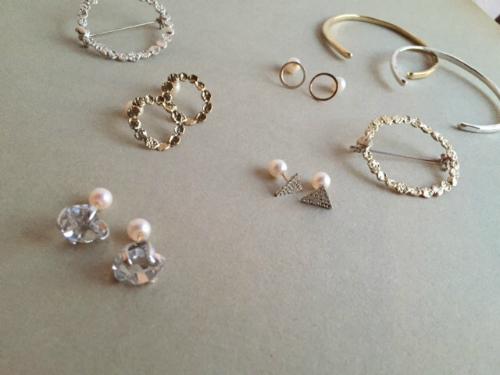 accessories MAU